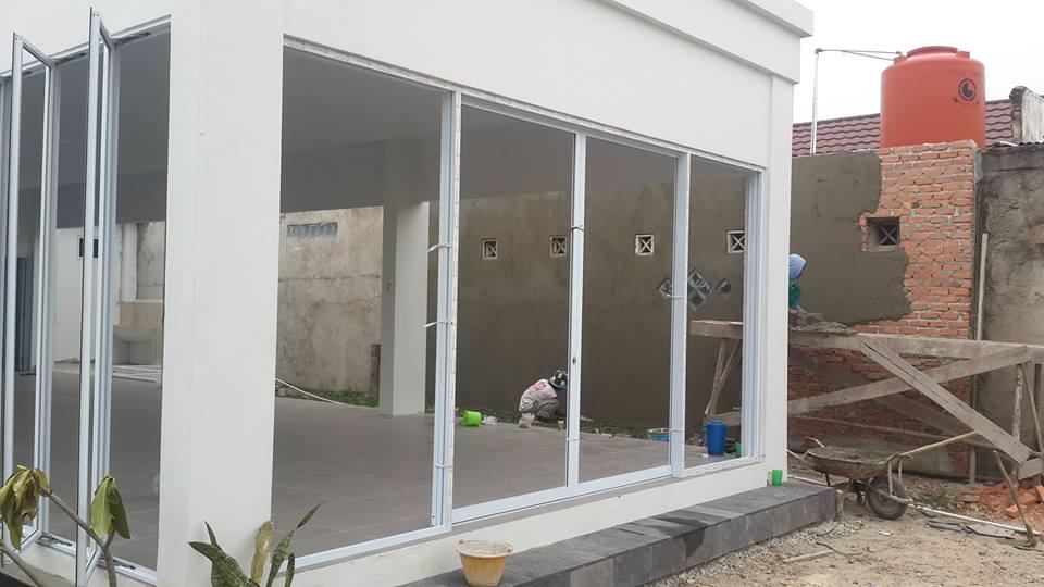 Jendela Aluminium | Mitrakreasiutama.com : Mitra Kreasi Utama ~ Jasa Pembuatan Kusen Pintu ...