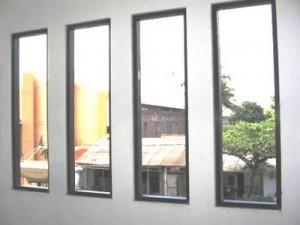 model-jendela-aluminium-kaca-mati-300x225