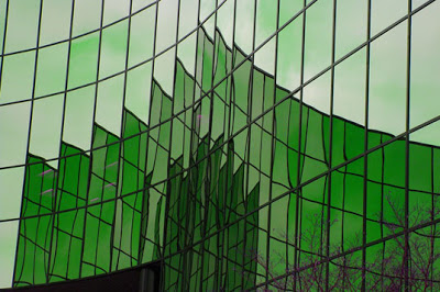 kaca-hijau-mitra-kreasi-utama-pekanbaru2